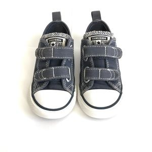 Converse Chuck Taylor 2V Ox Shoes Toddler Size 7